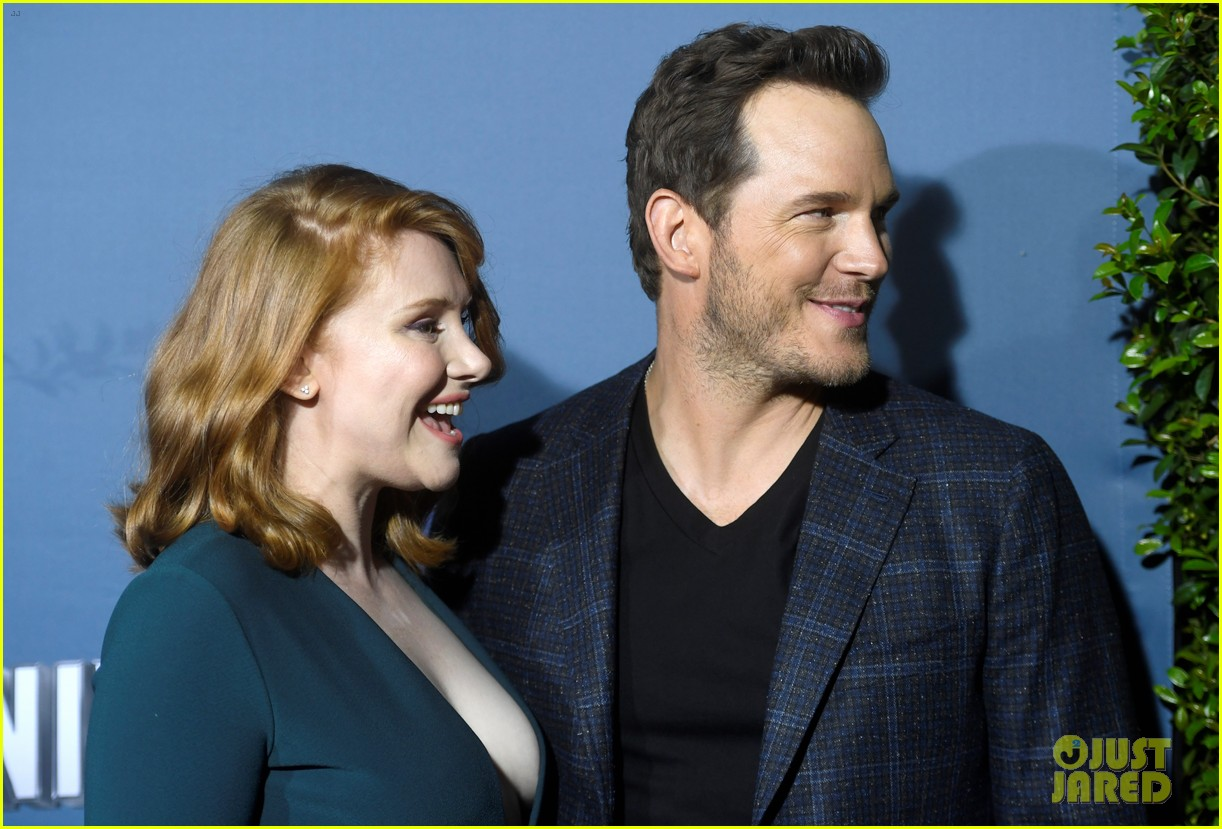 chris pratt bryce dallas howard celebrate jurassic world the ride grand opening celebration 204325755