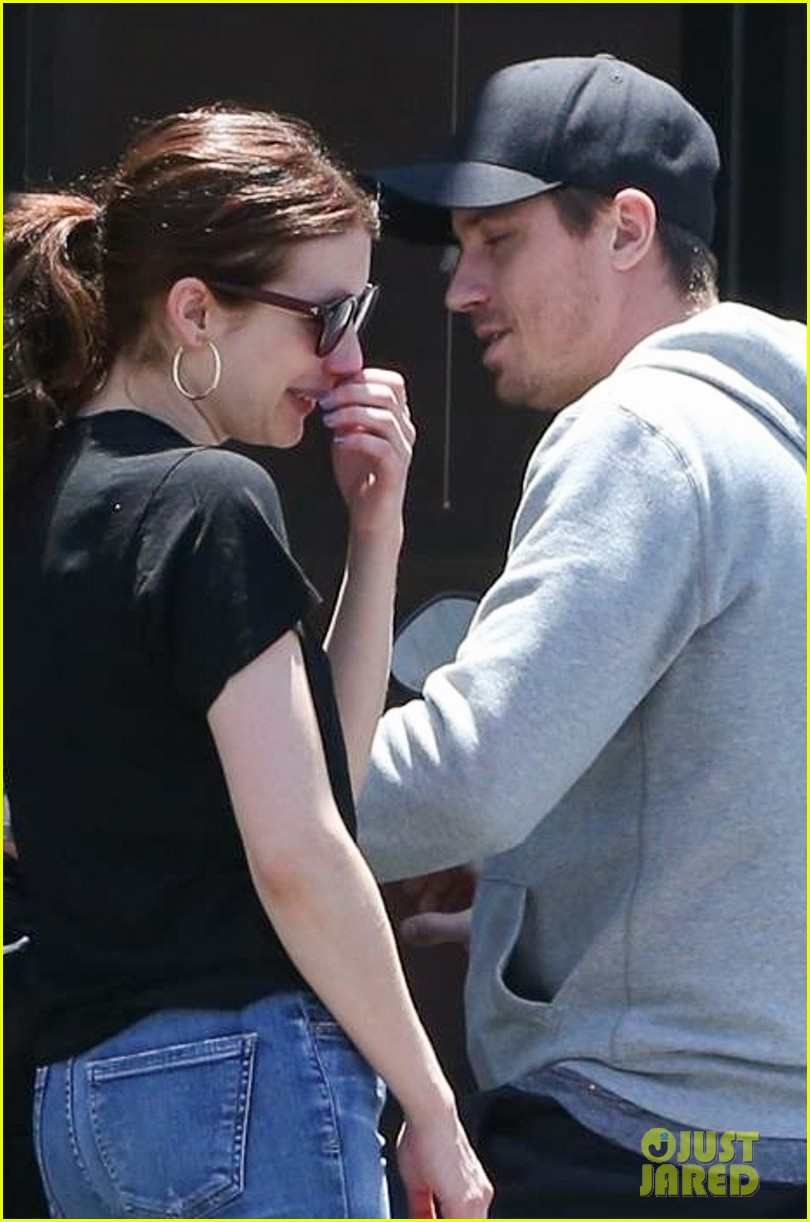 Emma Roberts Shares A Laugh With Boyfriend Garrett Hedlund In La Photo 4321878 Emma Roberts Garrett Hedlund Pictures Just Jared