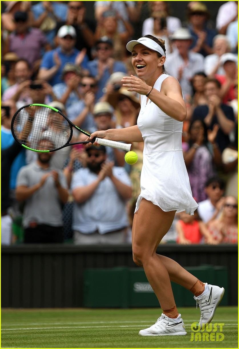serena williams simona halep wimbledon final 18