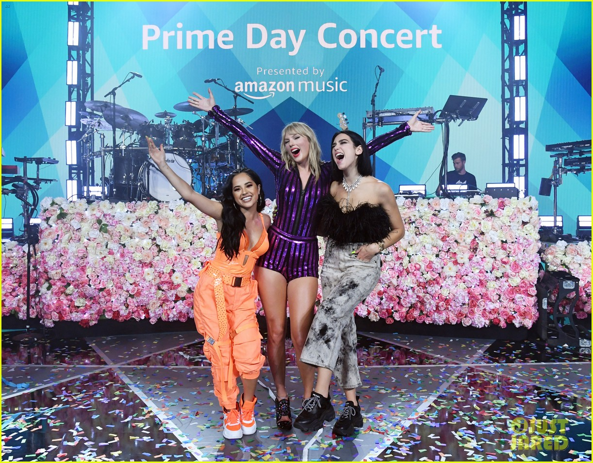 taylor swift amazon prime day concert 014320376