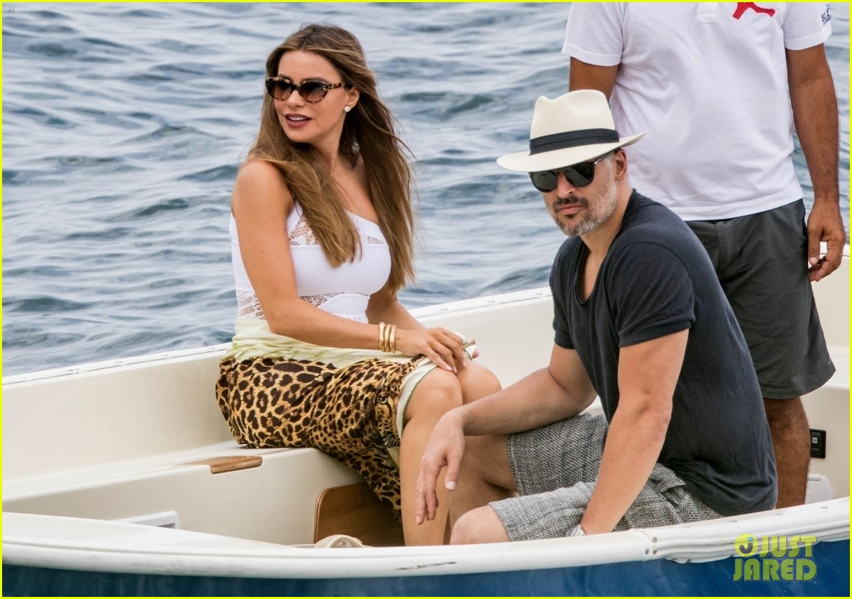 sofia vergara joe manganiello vacation in capri 024320486
