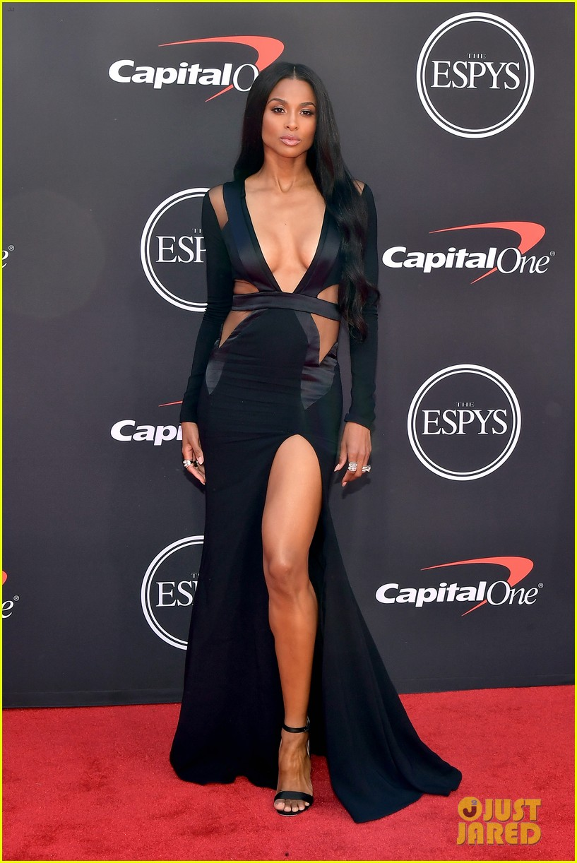 Ciara Russell Wilson Slay In Black On Espys 2019 Red Carpet Photo 4320156 2019 Espys Ciara Russell Wilson Pictures Just Jared