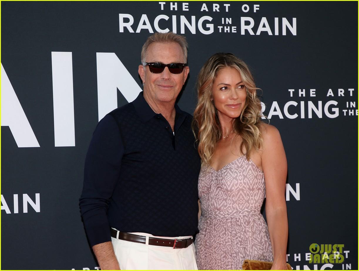 amanda seyfried milo ventimiglia art of racing in the rain premiere 04