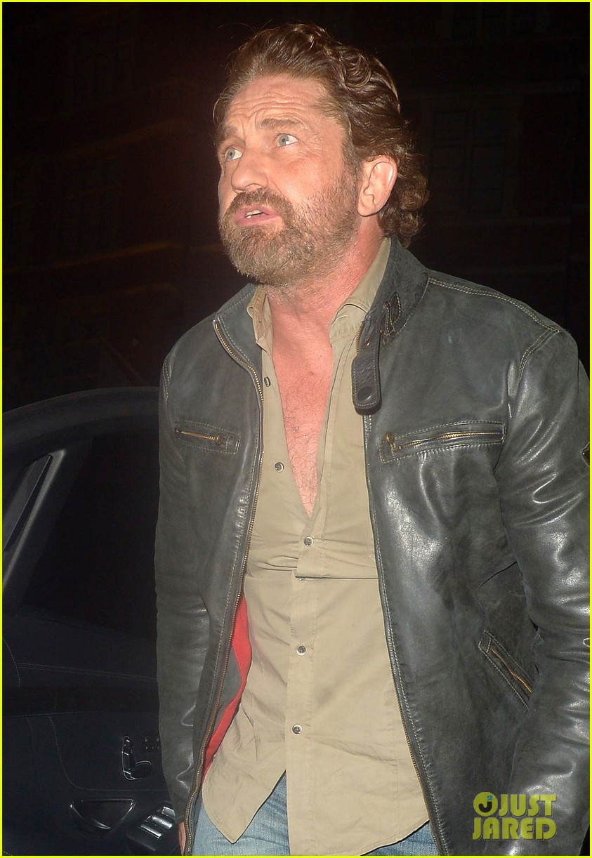gerard butler steps out for dinner in london 014335582