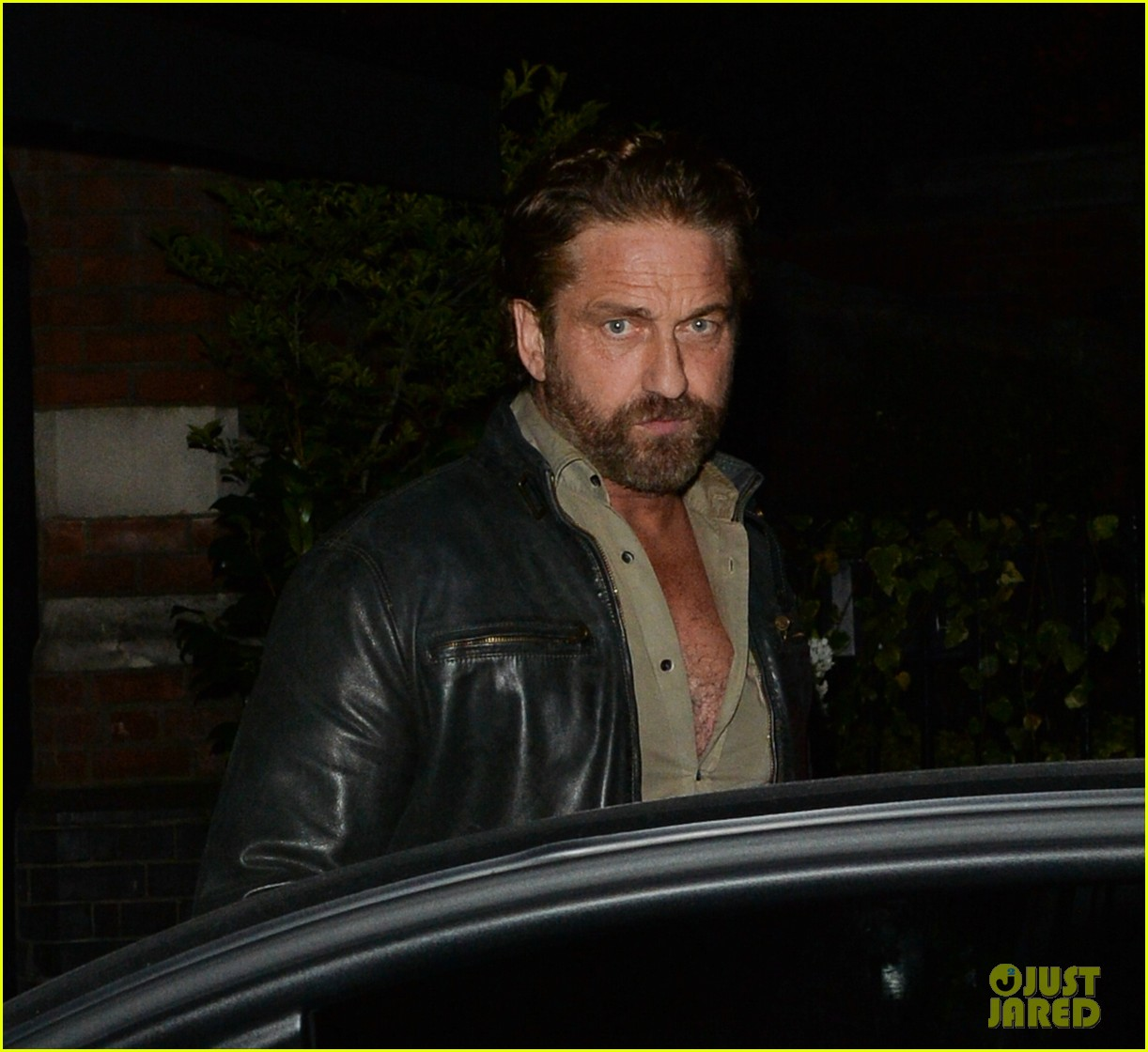gerard butler steps out for dinner in london 054335586