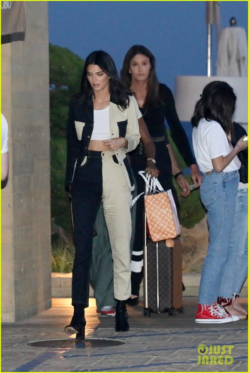 kendall jenner grabs dinner with caitlyn jenner in malibu 01