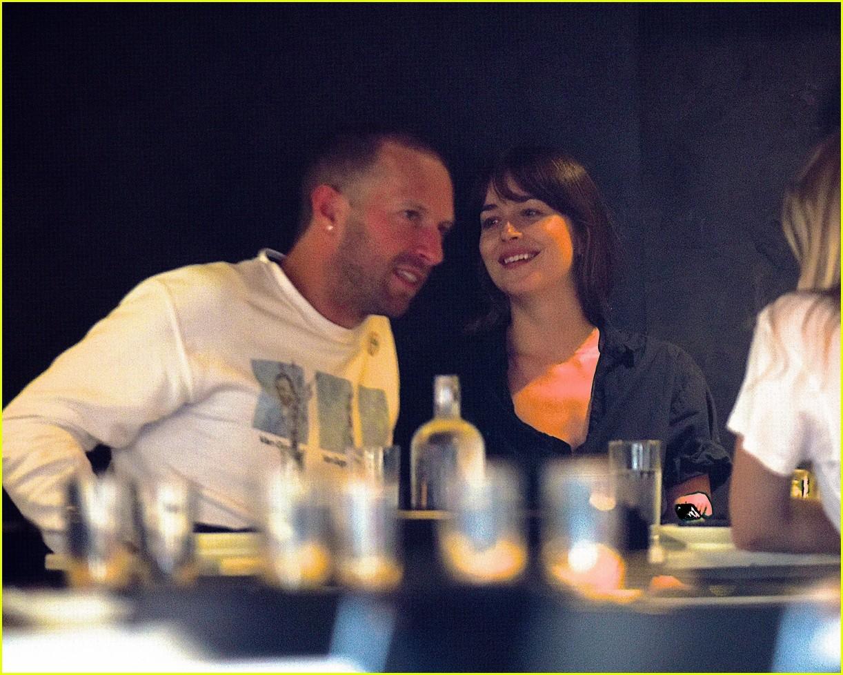 Chris Martin & Dakota Johnson Enjoy a Dinner Date in NYC ...