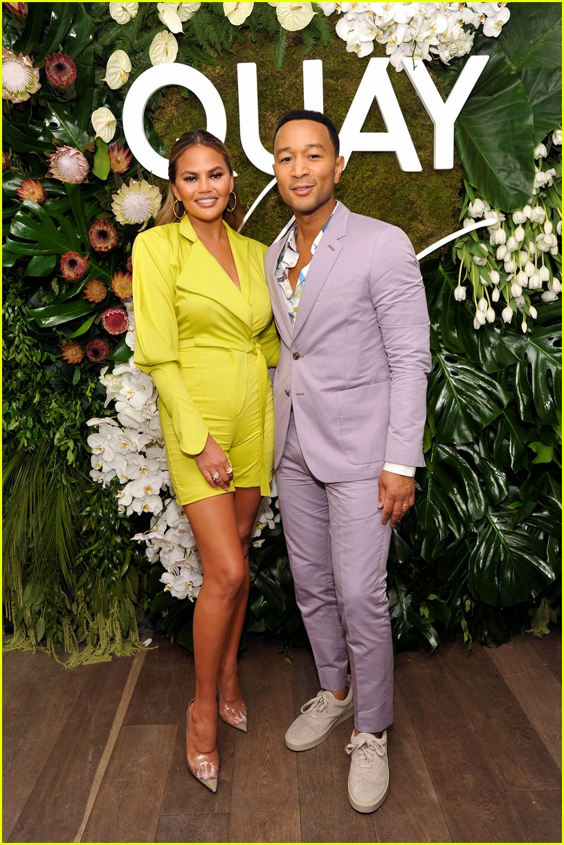 chrissy teigen celebrates new quay collection 15