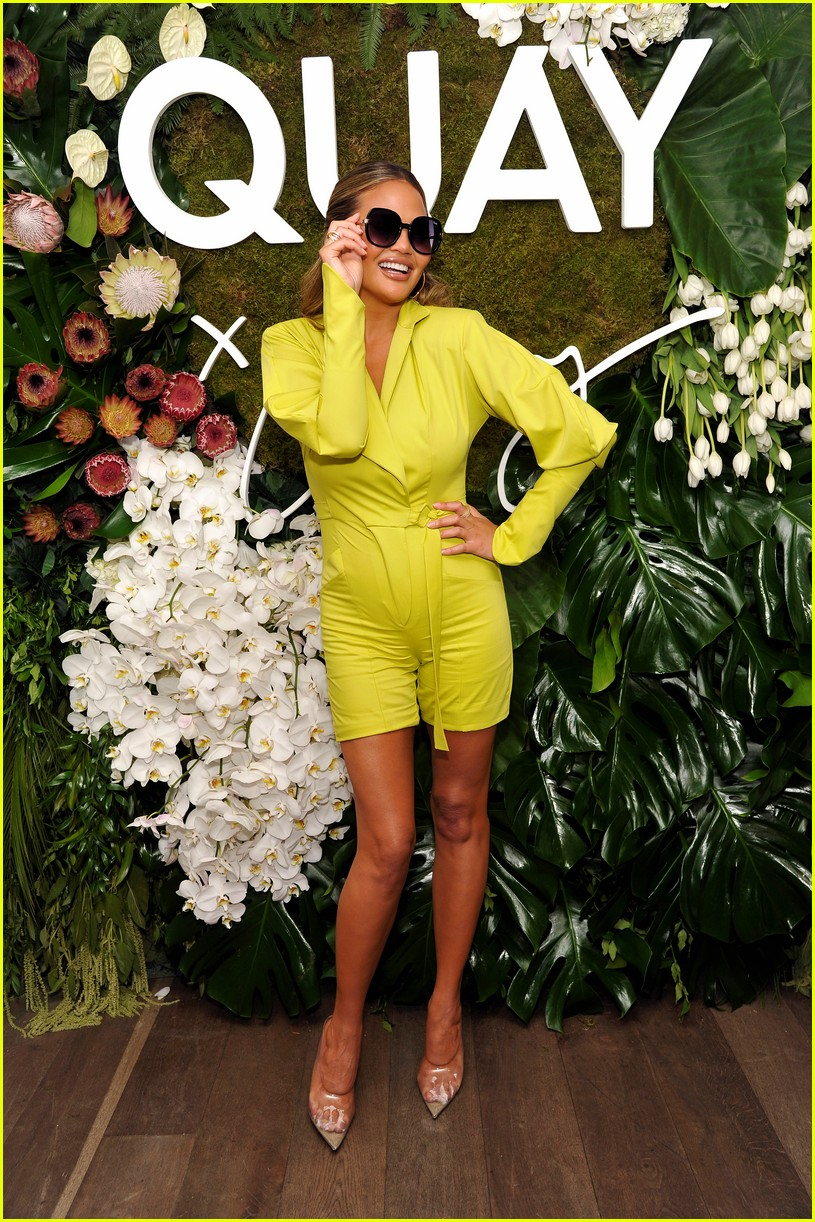 chrissy teigen celebrates new quay collection 164336828