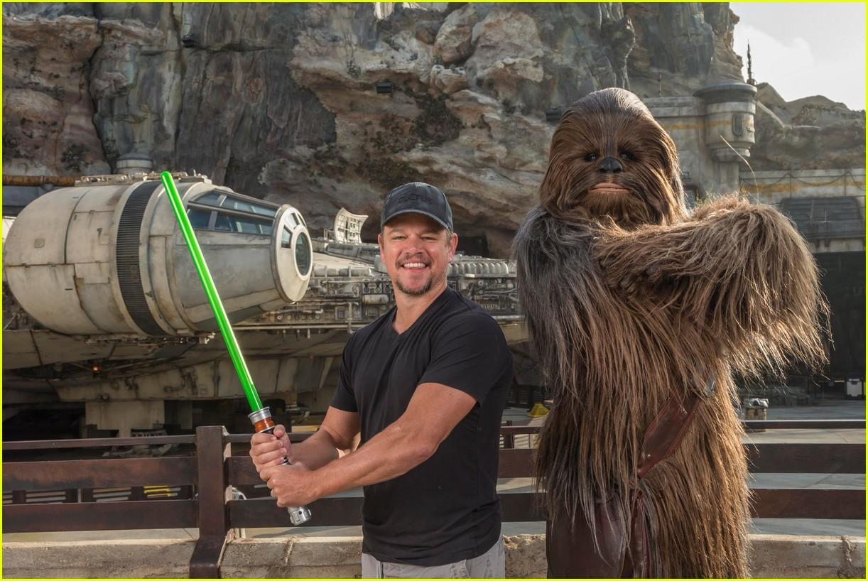 Matt Damon Meets Chewb...