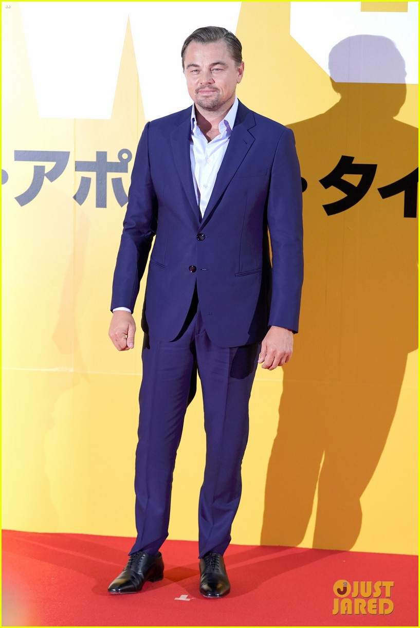 leonardo dicaprio suits up for once upon a time in hollywood japan premiere 044340087