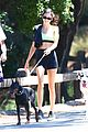 kendall jenner bares toned midriff on a hike with friends 05