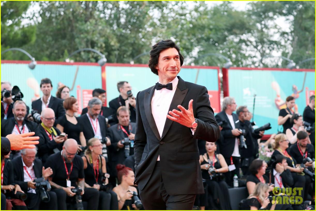 scarlett johansson adam driver premiere marriage story at venice film festival 10