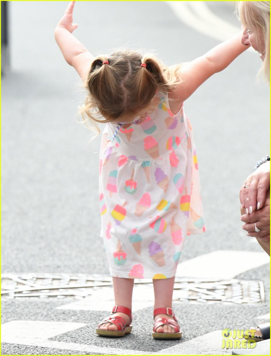 kate middleton little girls epic bow 054335204