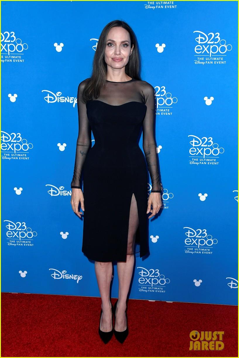 Angelina Jolie Elle Fanning Michelle Pfeiffer Bring