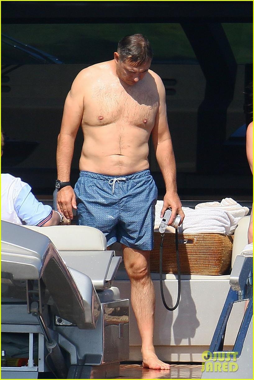 neil patrick harris shirtless david burtka france 19