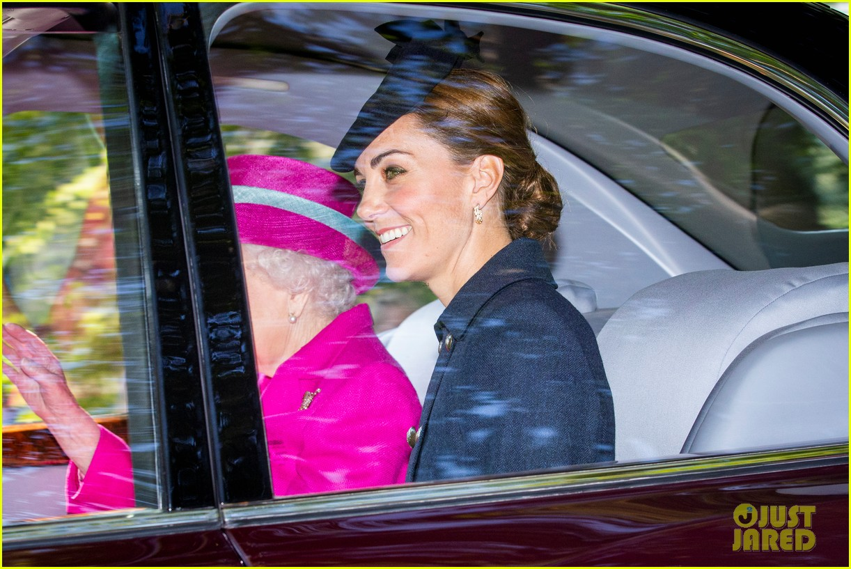 queen elizabeth kate middleton church august 2019 01