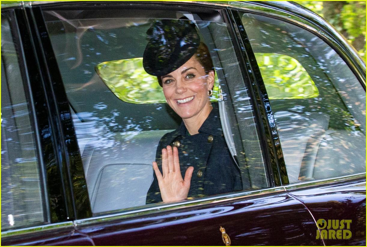 queen elizabeth kate middleton church august 2019 05