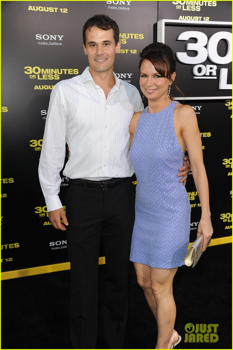 mary lynn rajskub files for divorce from husband matthew rolph 014337725