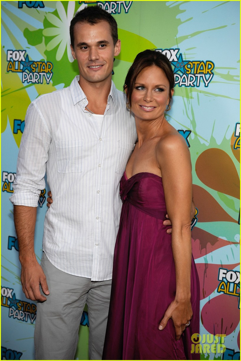 mary lynn rajskub files for divorce from husband matthew rolph 034337727