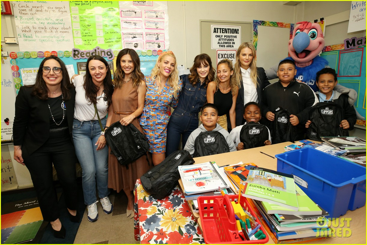 zooey deschanel nicole richie busy philipps help donate one million backpacks socal 074337986