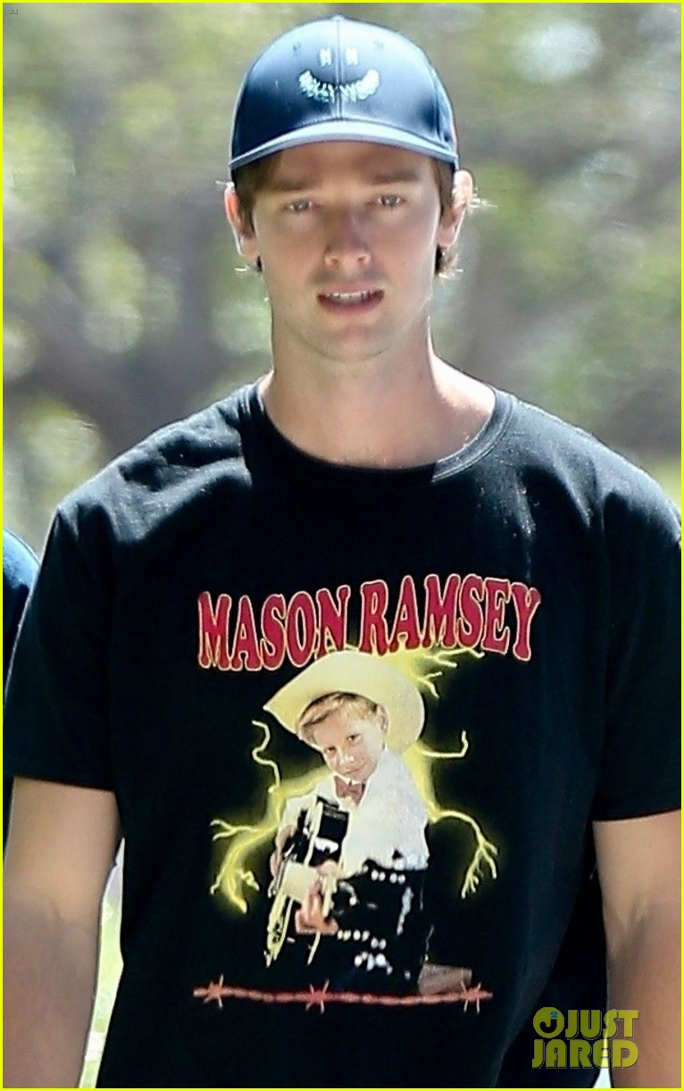 patrick schwarzenegger meets up with a friend in los angeles 044337242