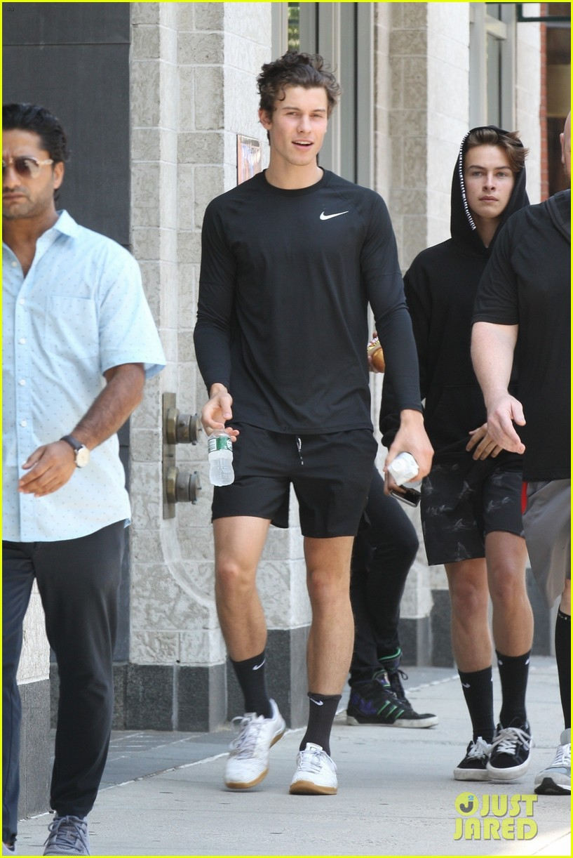 shawn mendes gym boston august 2019 04