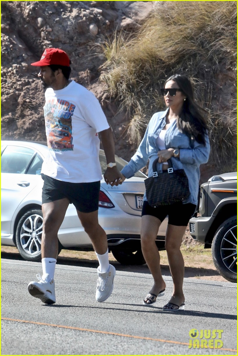 pregnant shay mitchell at bbq with matte babel 034340321