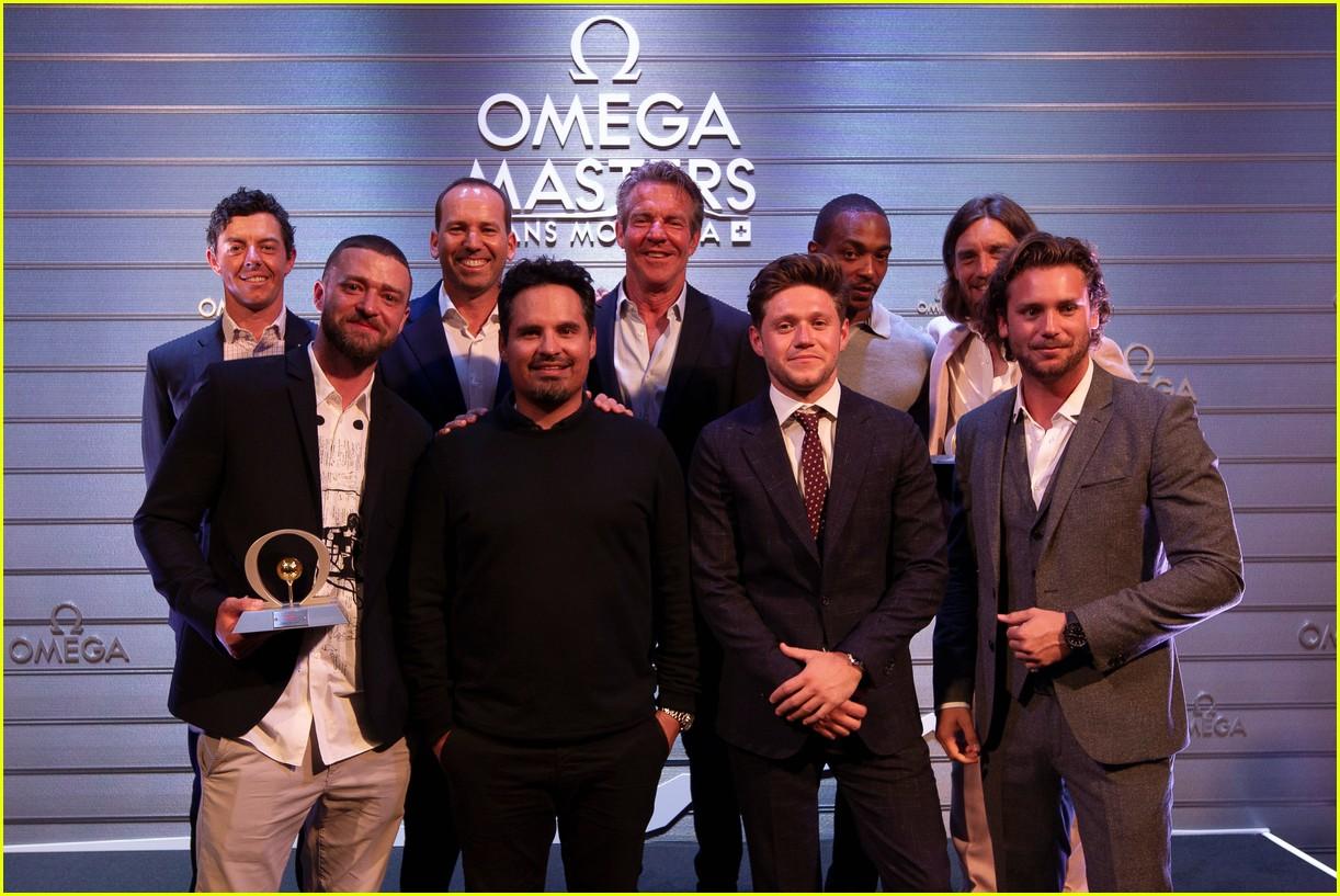 justin timberlake wins omega celebrity masters trophy best score 01
