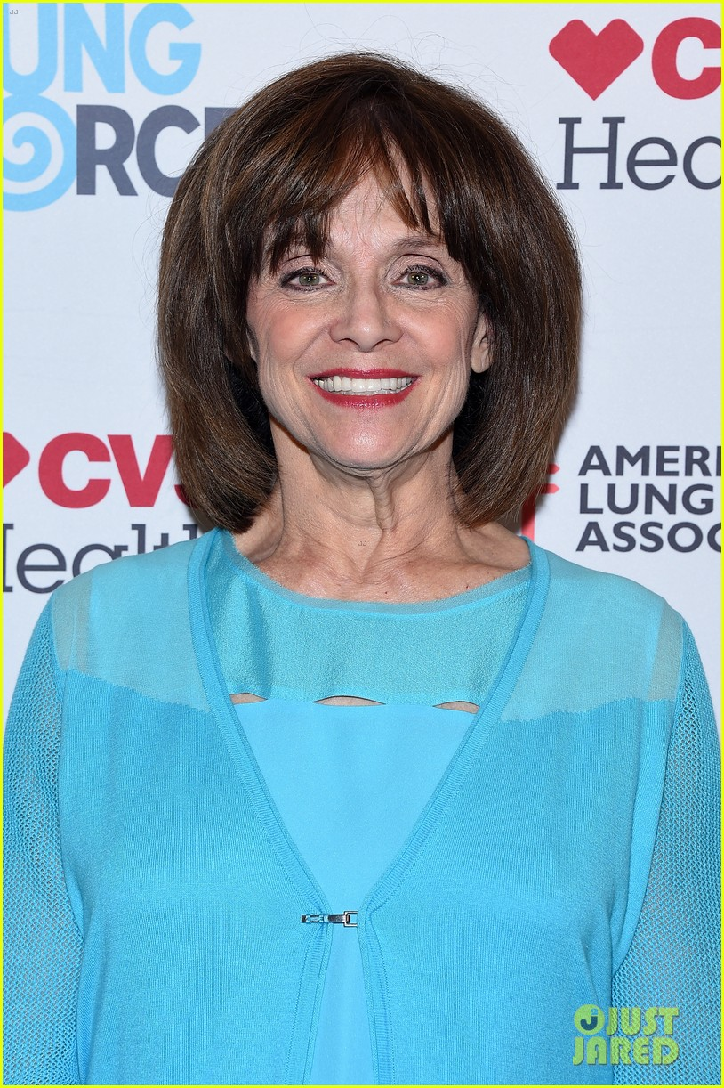 valerie harper cancer battle 024342670