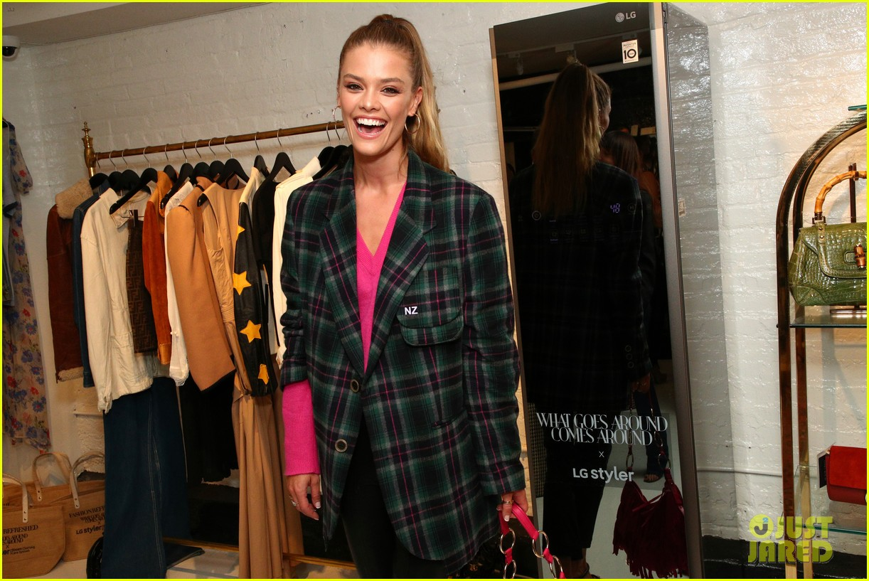 nina agdal kicks off nyfw 034346473