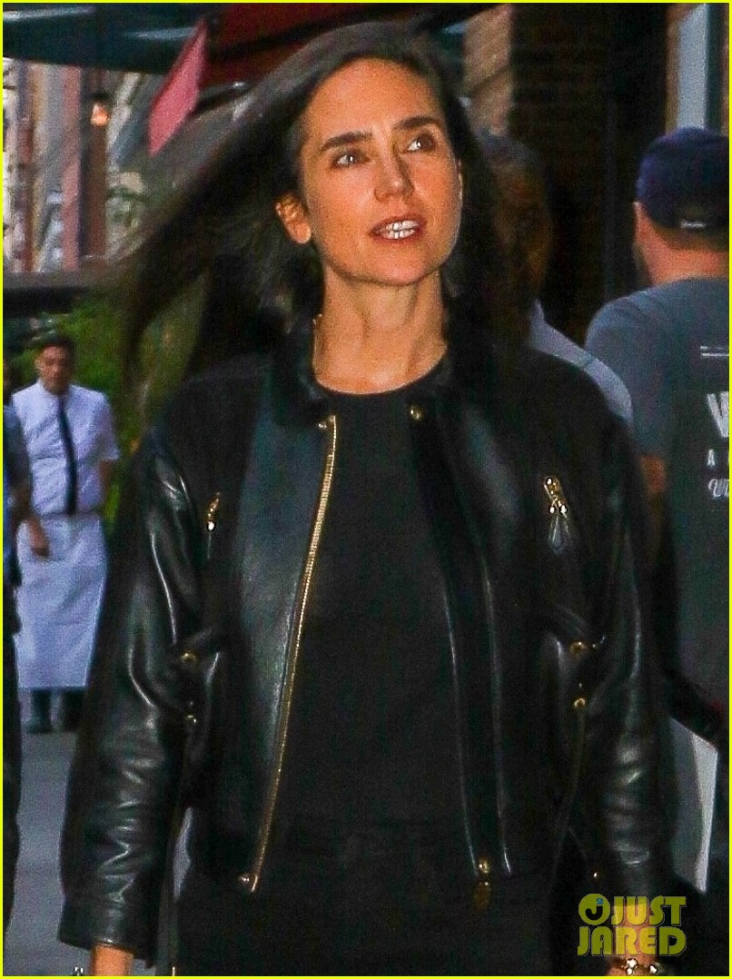 paul bettany jennifer connelly coordinate leather jackets for dinner 044350846