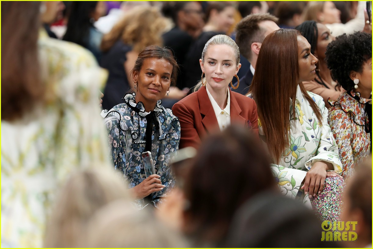 emily blunt others tory burch nyfw show 124348329