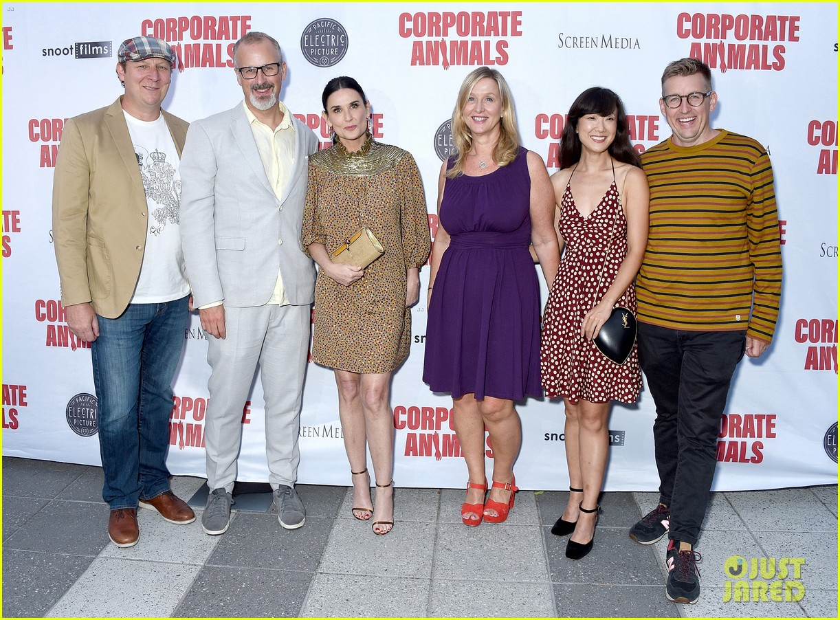 demi moore is all smiles at corporate animals premiere 104355167