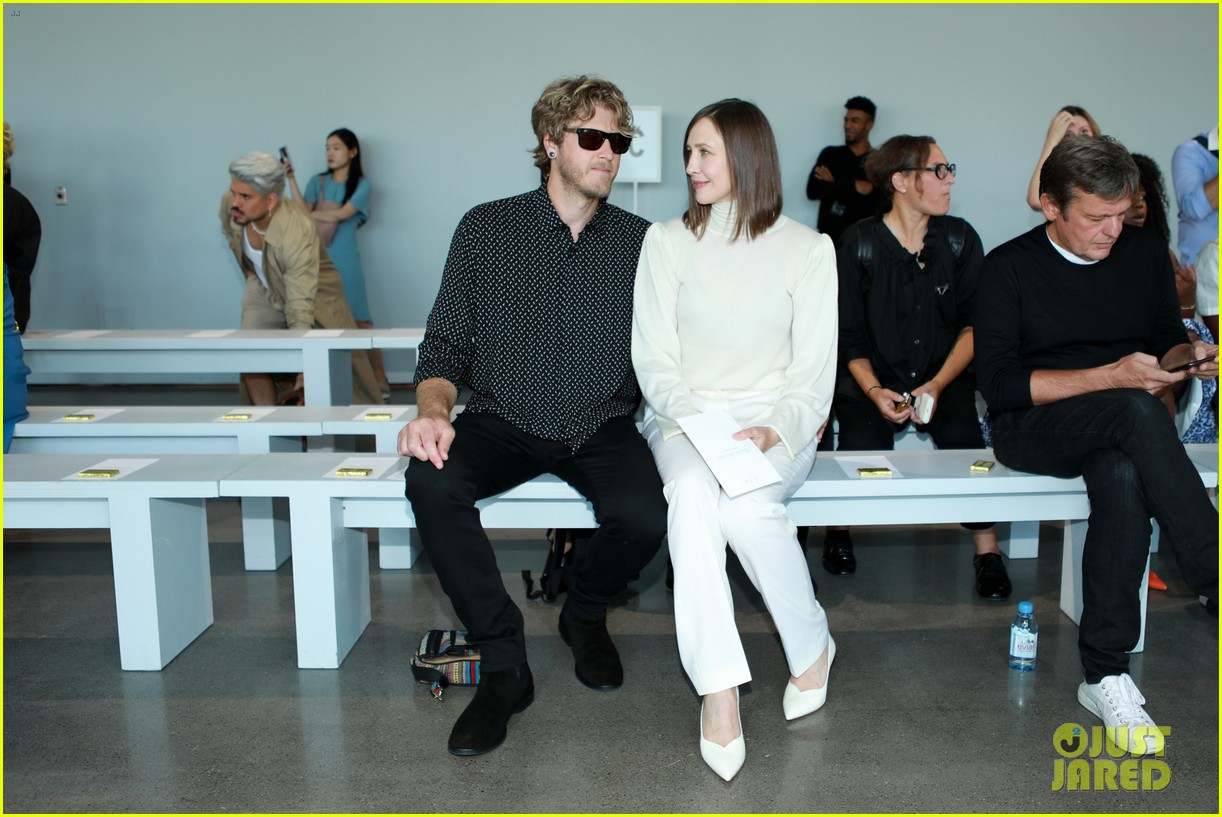 vera farmiga wears all white for ryan roches nyfw show husband renn hawkey 054351245