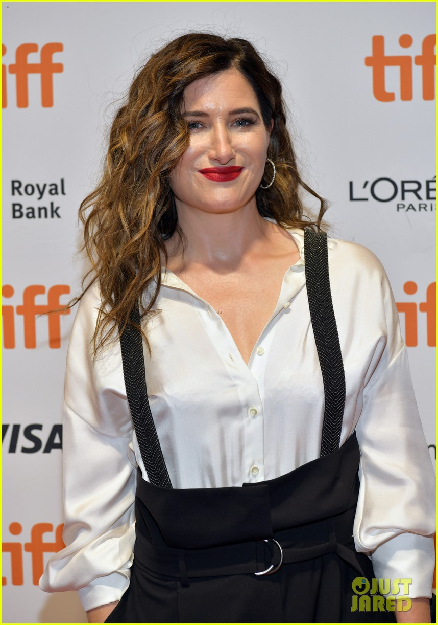 kathryn hahn premieres new hbo series mrs fletcher tiff 014350749