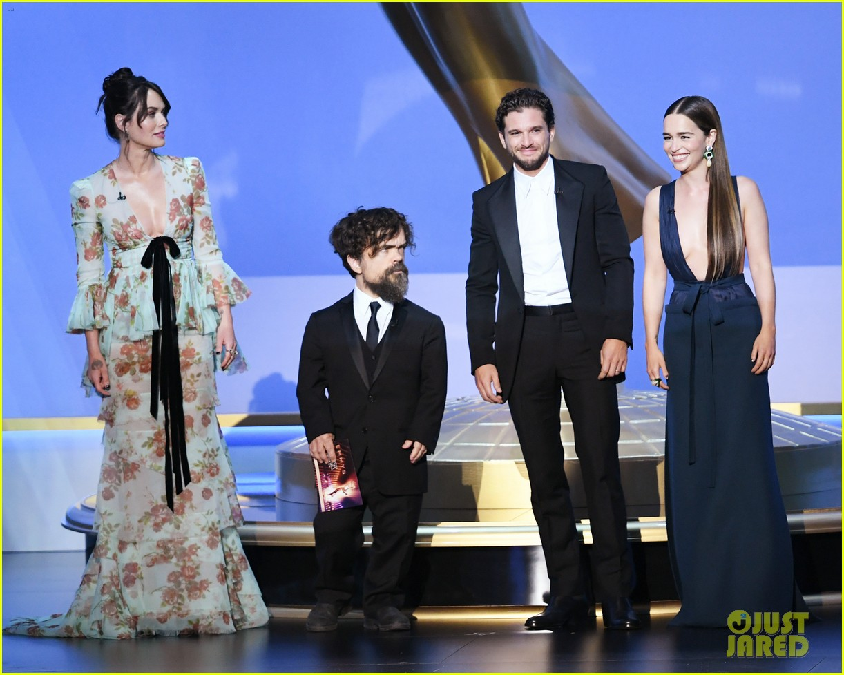 game of thrones cast together at emmys 2019 054358142