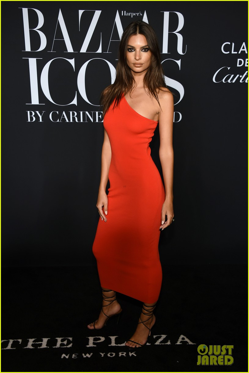 irina shayk harpers bazaar icons party 2019 024346765