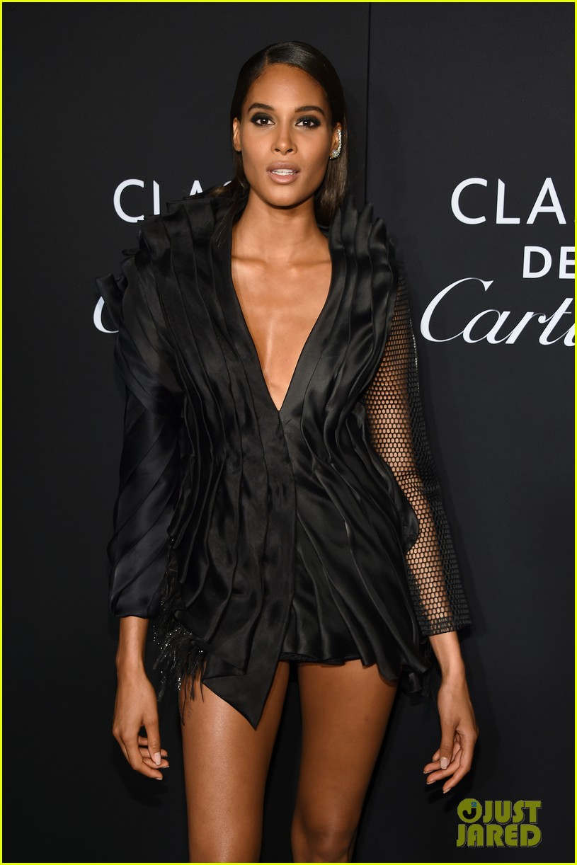 irina shayk harpers bazaar icons party 2019 524346815