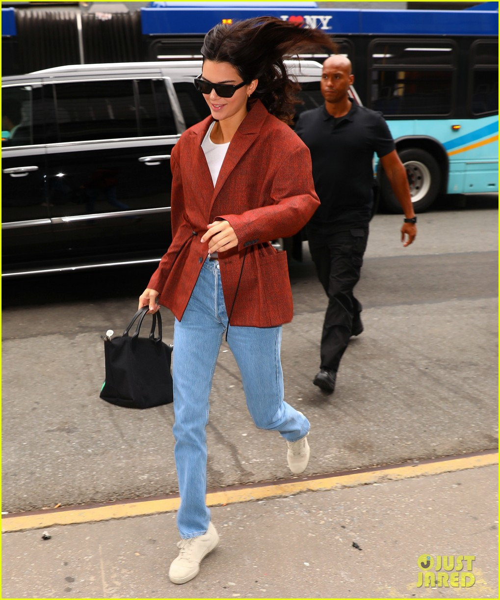 kendall jenner was so nervous to meet brad pitt kanye wests sunday service 104346205
