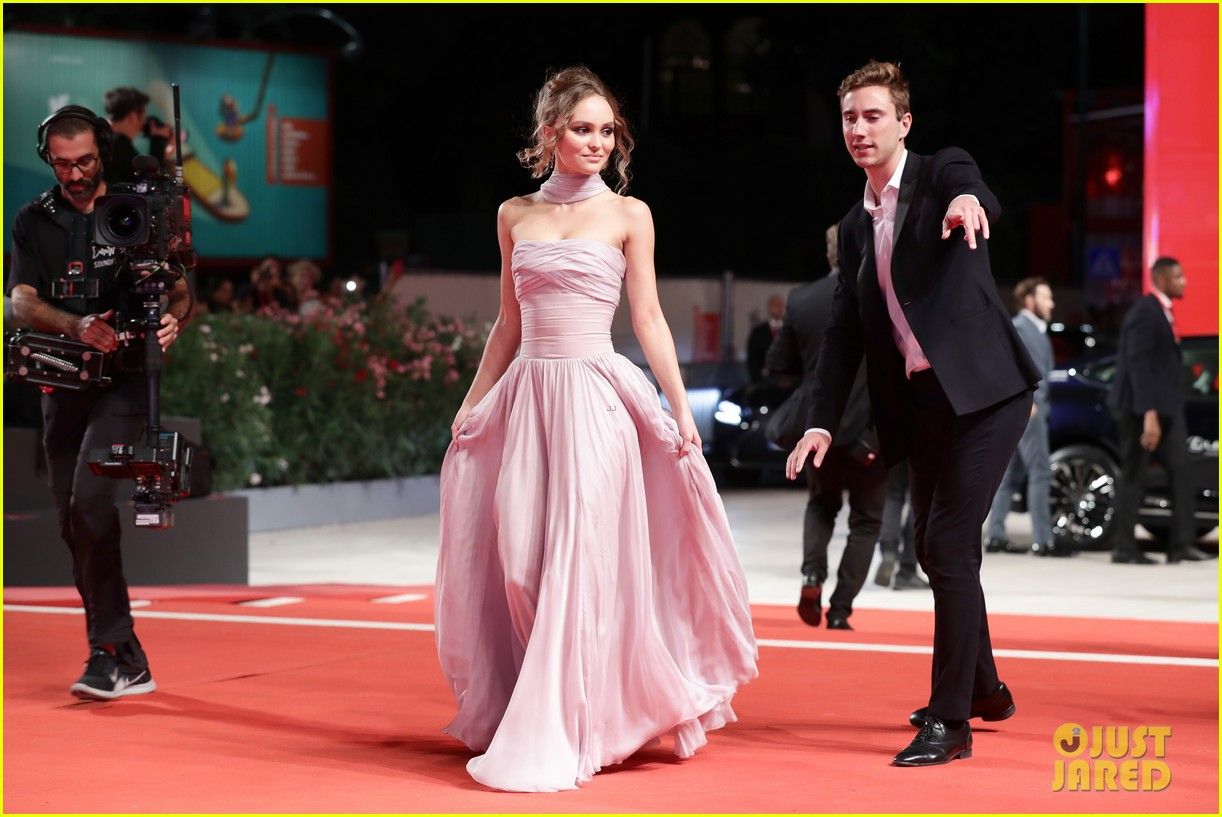 timothee chalamet lily rose depp the king venice premiere 064344000