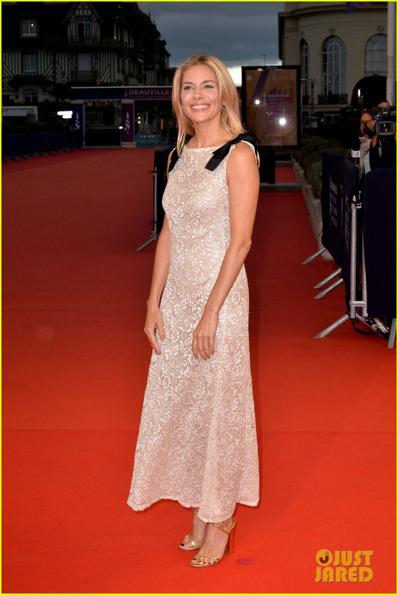 sienna miller says american women is film she is most proud of 124351587