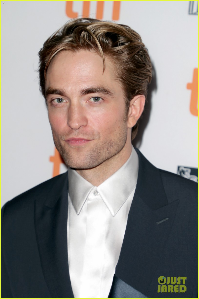 robert pattinson attends the lighthouse premiere at tiff 034347823