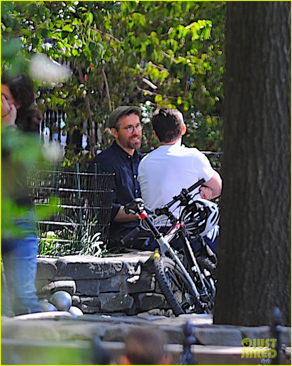 ryan reynolds hugh jackman nyc september 2019 324355954