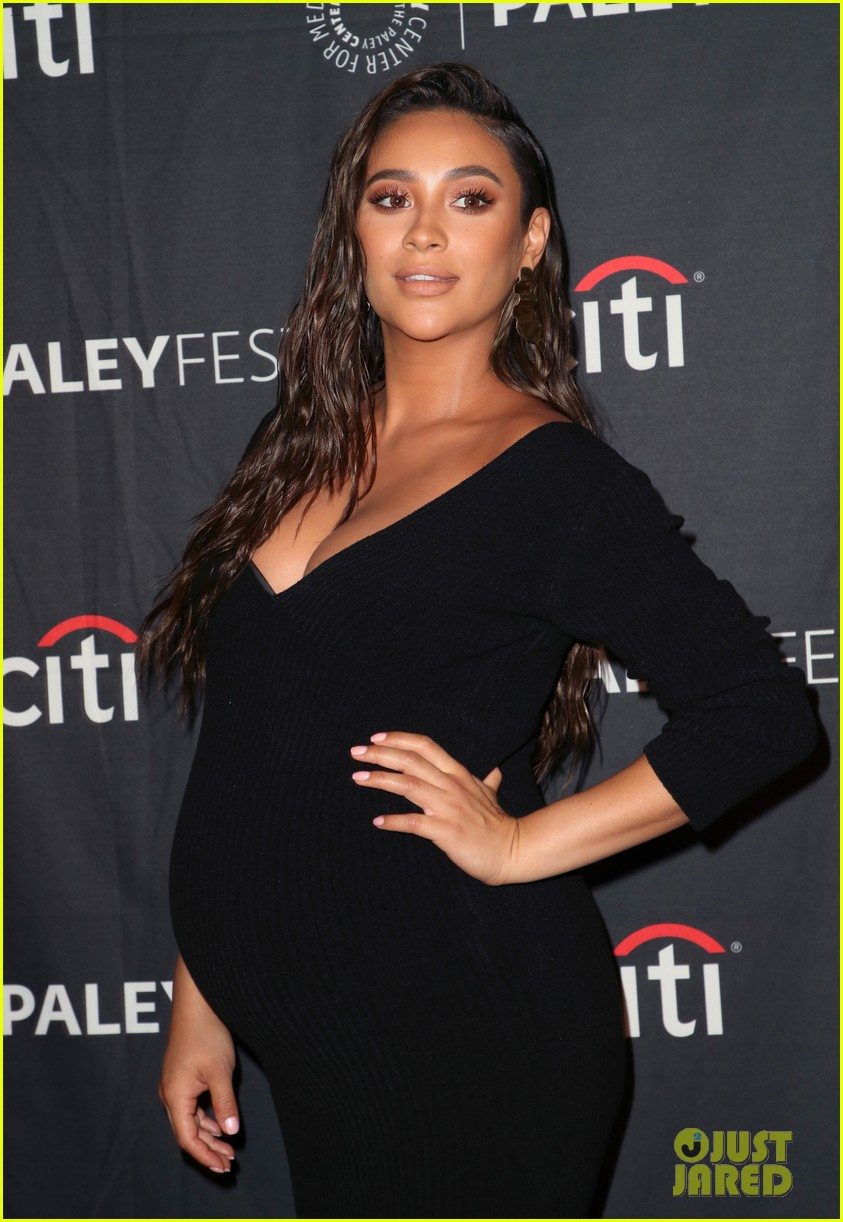 shay mitchell dollface cast at paley 164350811