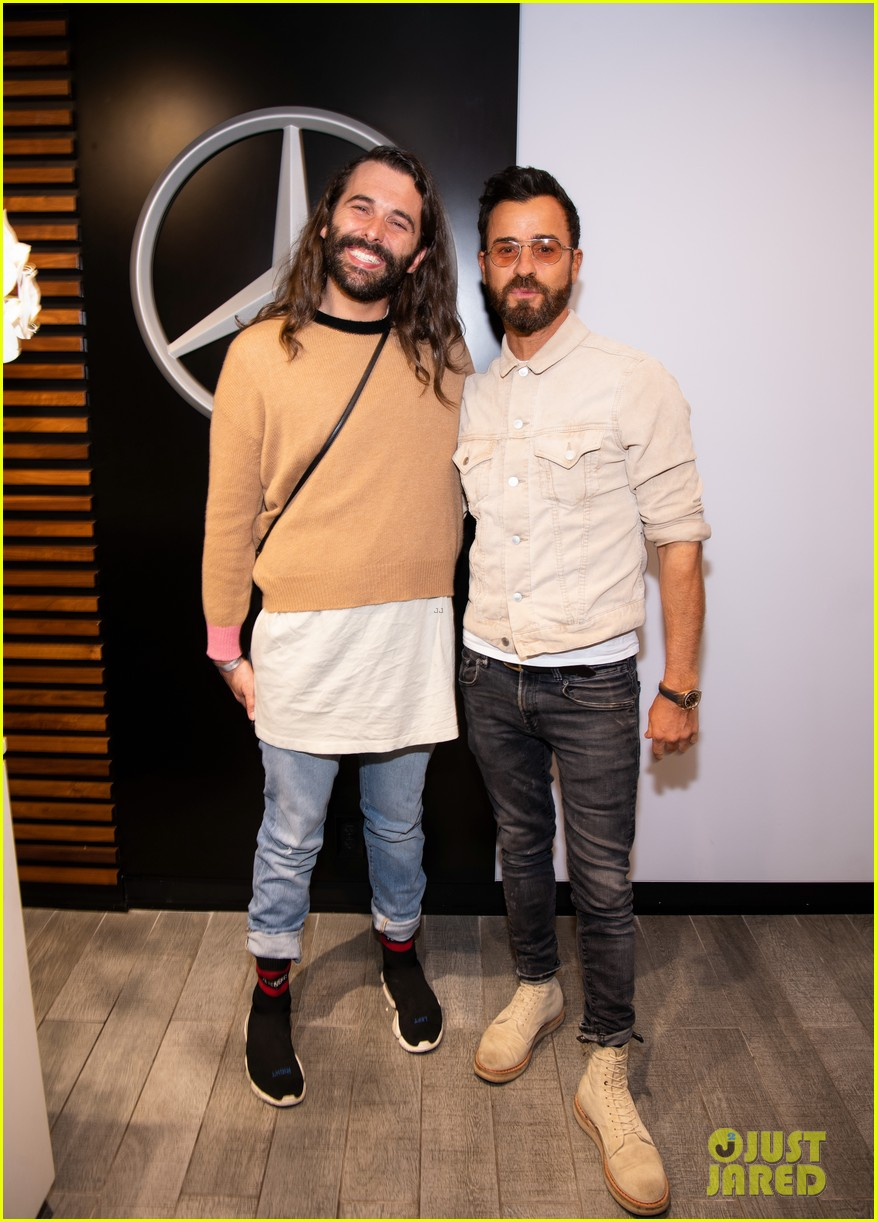 justin theroux jonathan van ness hang out together at us open 134344742