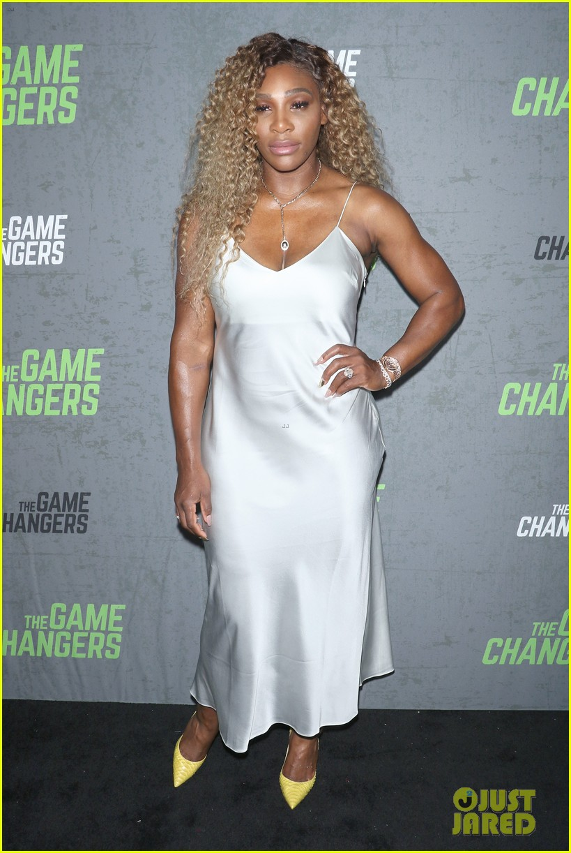 serena williams supports husband alex ohanian at game changers premiere 104349728