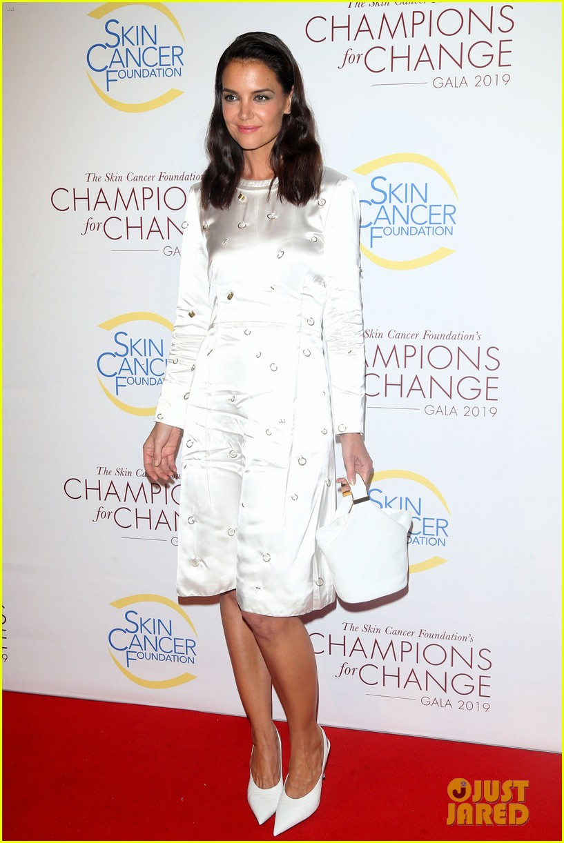 david harbour lily allen red carpet debut champions of change gala 054373422