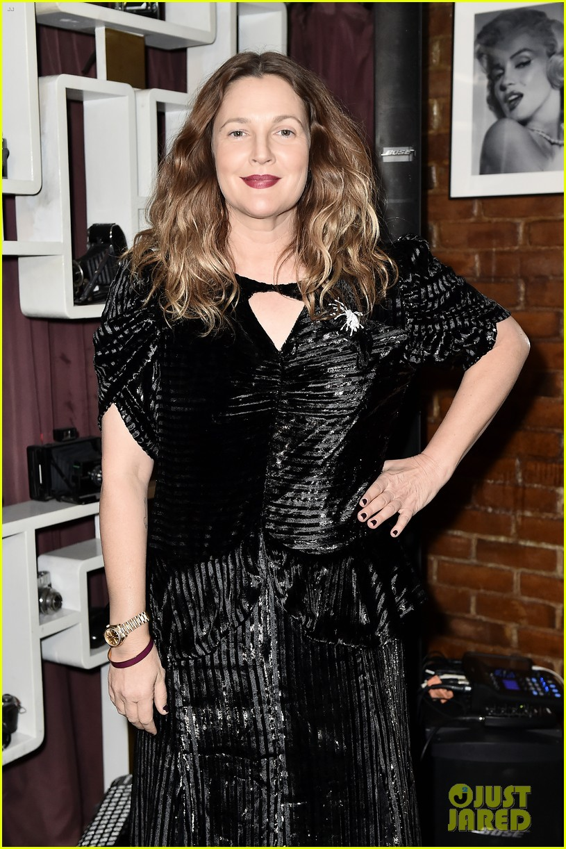 drew barrymore hosts nowaday soiree in nyc 014388623