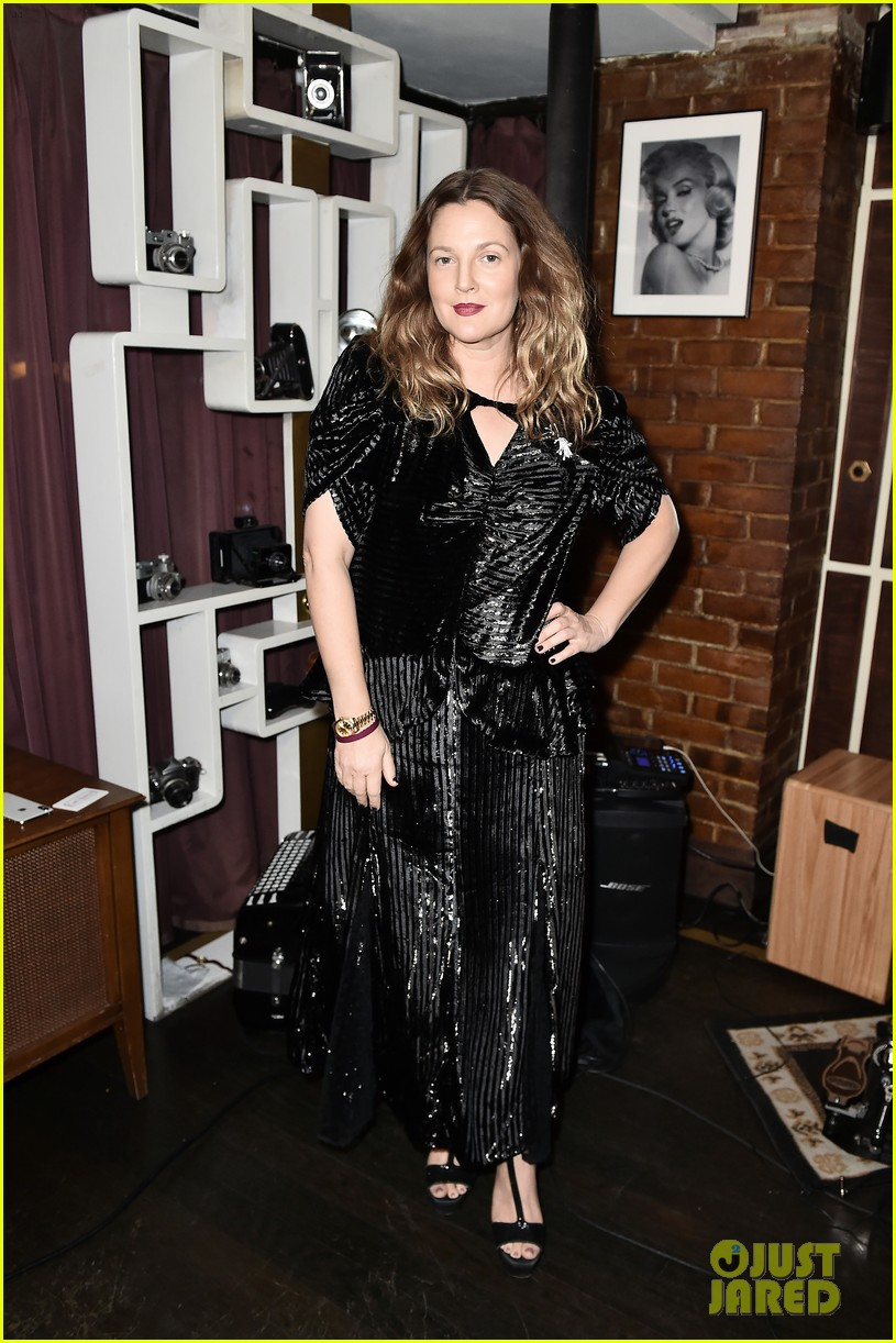 drew barrymore hosts nowaday soiree in nyc 024388624
